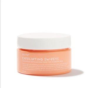 Go-to Exfoliating Glow Swipeys for glowing skin